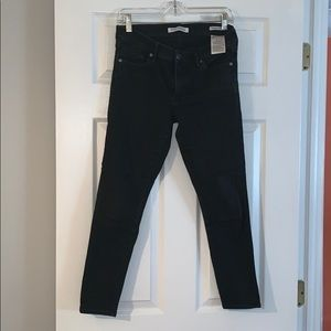 BR Faded Jeans